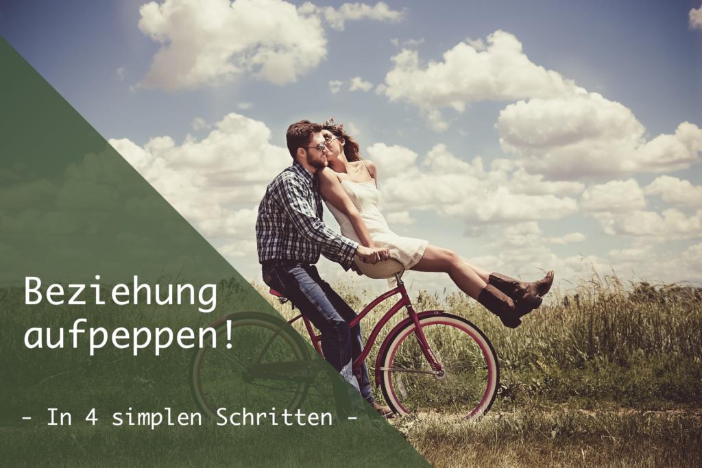 Junge und Mädchen auf Fahrrad als Titel für Artikel Beziehung aufpeppen